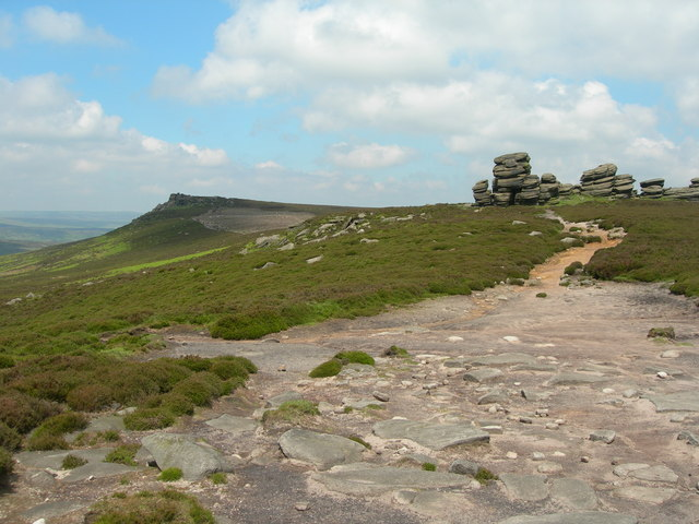 White Tor and the Wheel Stones