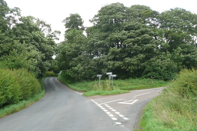 Minor road junction east of Lesbury