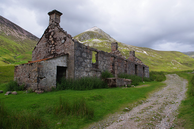 Abandoned cottages at Tigh-na-sleubhaich