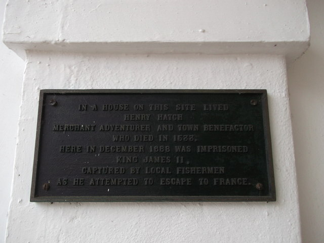 Plaque on No 12 Market Place, Faversham