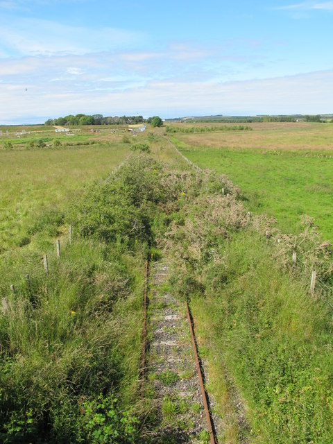 Disused Railway Near North Alves