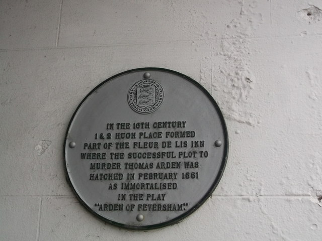 Plaque on No.15 Market Place, Faversham