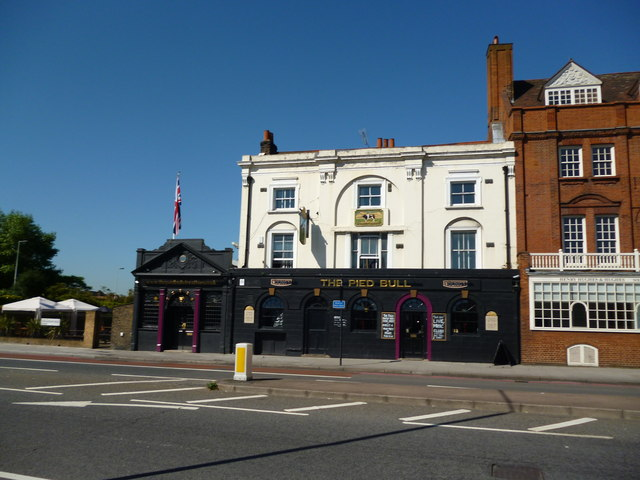 The 'Pied Bull':  Streatham High Road