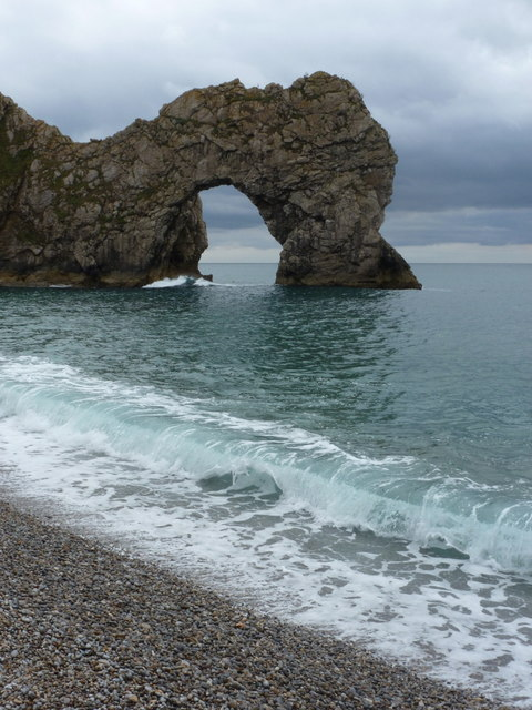 West Lulworth: waves at Durdle Door