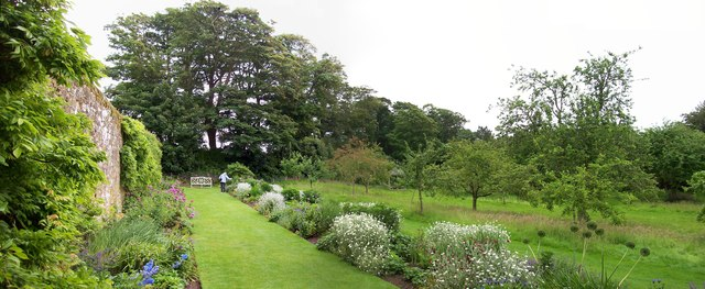 Orchard, Trerice House