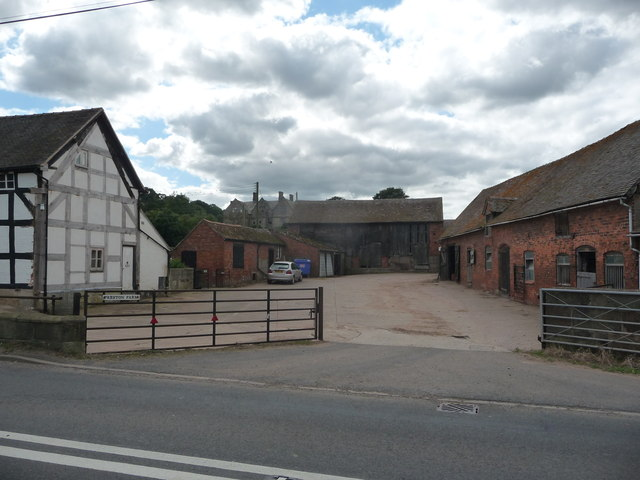 Preston Farm and Preston Hall at Preston Brockhurst