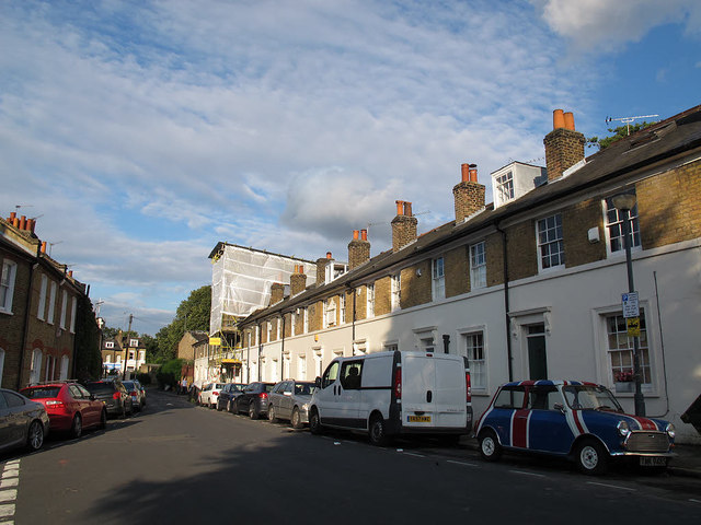 College Place East