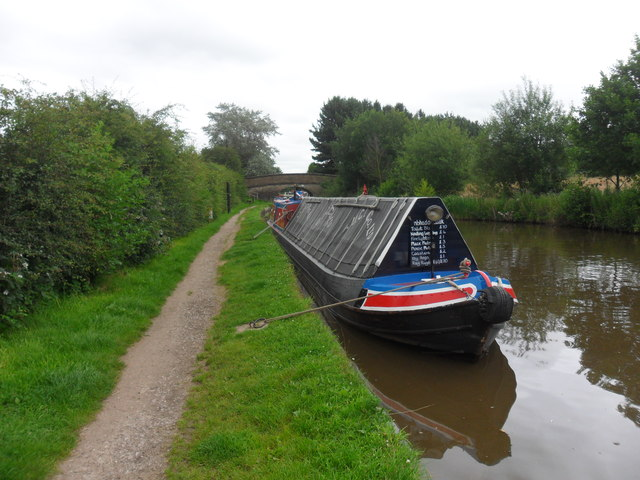Working Narrow Boat Hadar moored at Fourlane Ends