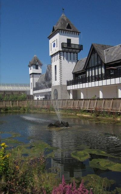 Fountain, Trago Mills