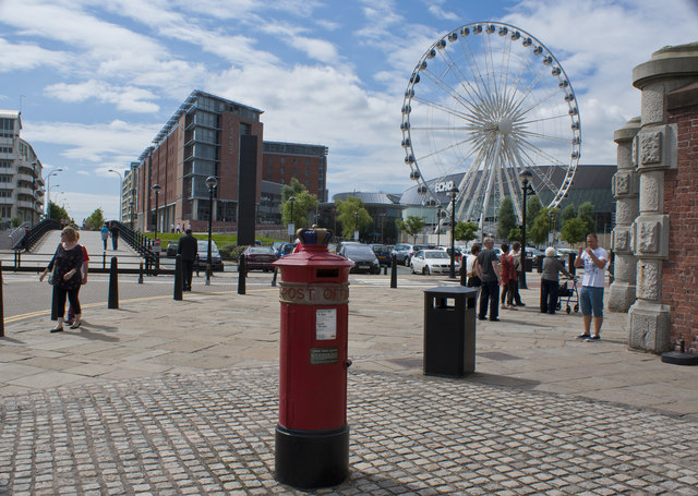 Liverpool �Special� Pillar Box