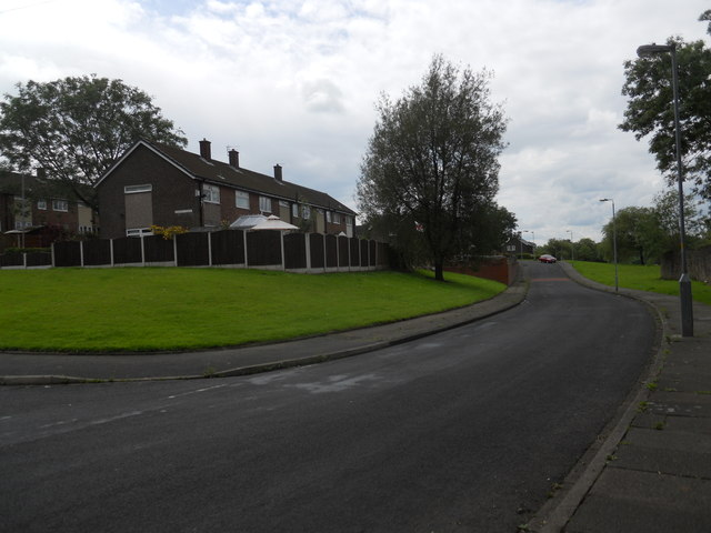 Wardle Brook Avenue, Hattersley