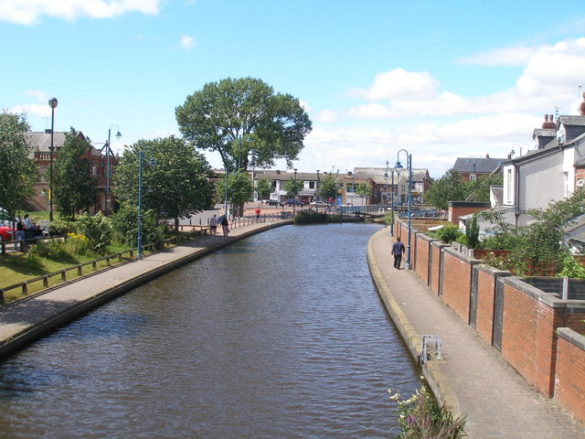 The canal in the middle of town