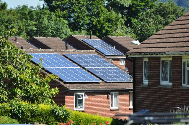 Tiverton : Houses & Solar Panels