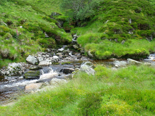 Confluence of Duskintry and Adikinear burns above Glen Lethnot