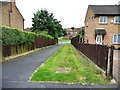 SE3637 : Footpath exiting Walnut Close by Christine Johnstone