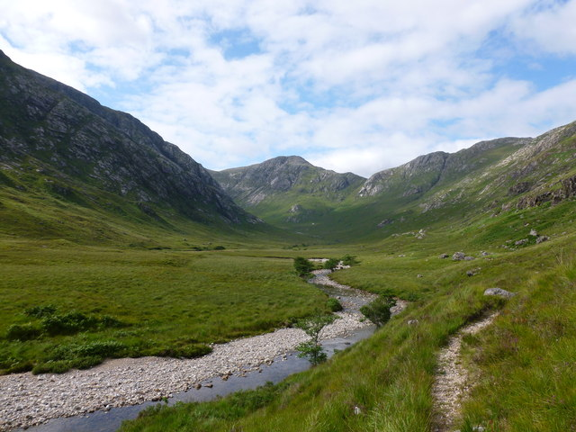 Looking north up the Abhainn Coire an Iubhair (river of the yew tree corrie)