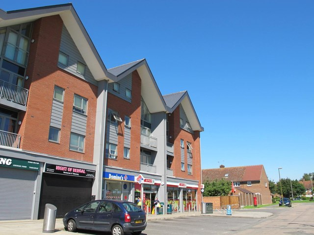Shops and flats, School Mead, WD5 (2)
