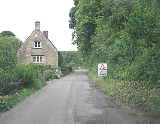 Un-named lane north of Swinbrook