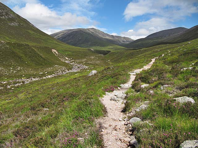 Luibeg Burn and path to Ben Macdui