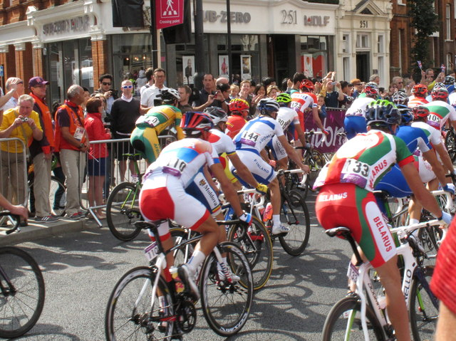 Olympics men's cycling road race, Brompton Road (4)