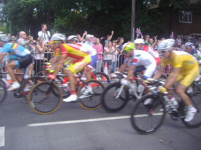 Olympic cyclists, Queen's Road, Kingston