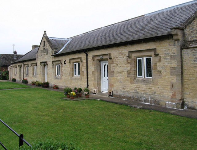Barkston - Hicksons Almshouses