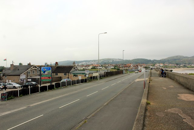 Glan-y-Mor Road, Rhôs-on-Sea