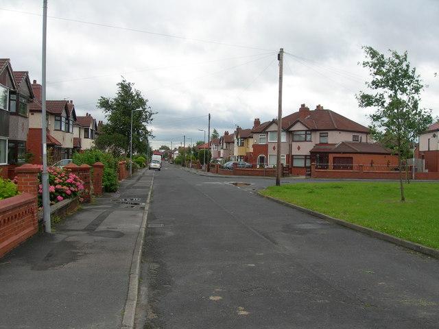 Lynwood Grove, Droylsden