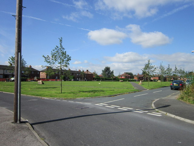 Intake Square, Middleton
