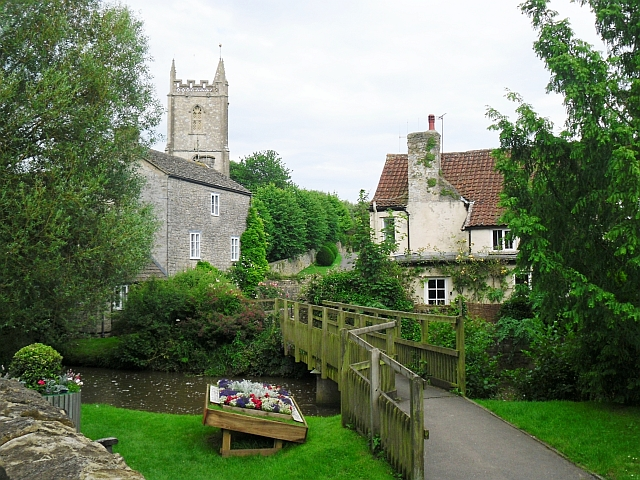 Footbridge across Nunney Brook