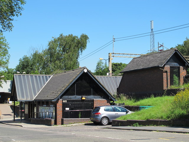 Kings Langley station buildings, Station Road, WD4