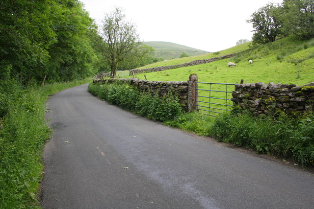Dentdale road at Cow Dub