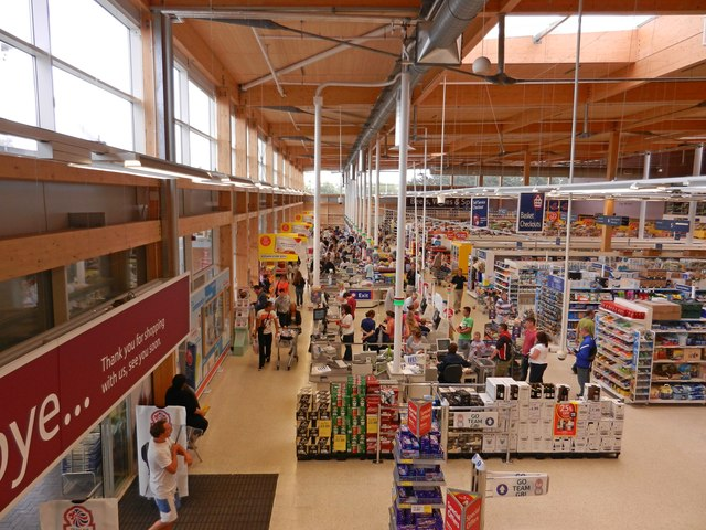 Tesco Extra, Seven Brethren Bank, Barnstaple