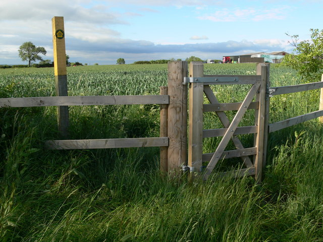 Gate along the Leicestershire Round Footpath
