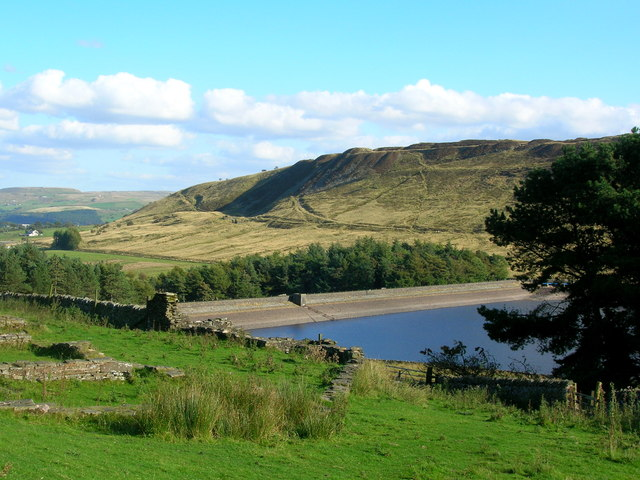 North End of Calf Hey dam