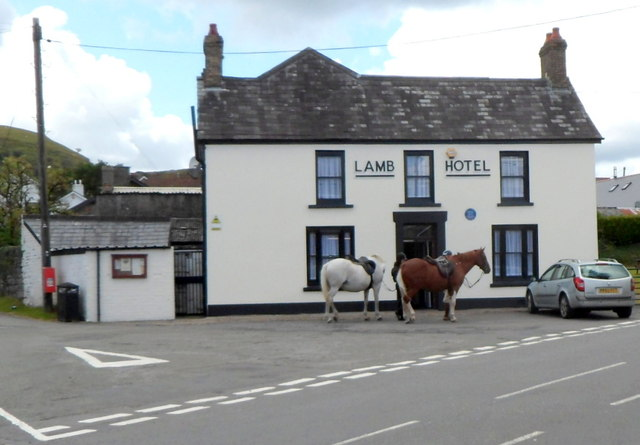 Front view of the Lamb Hotel, Penderyn