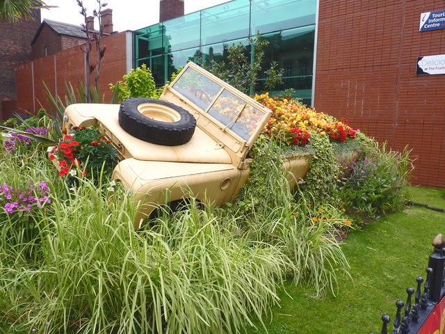 Land Rover Floral Display, Bury