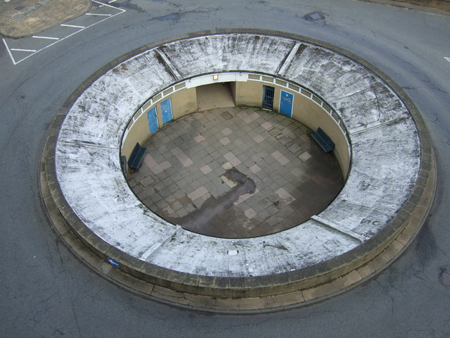 Roundabout / subway, Foreshore Road, Scarborough