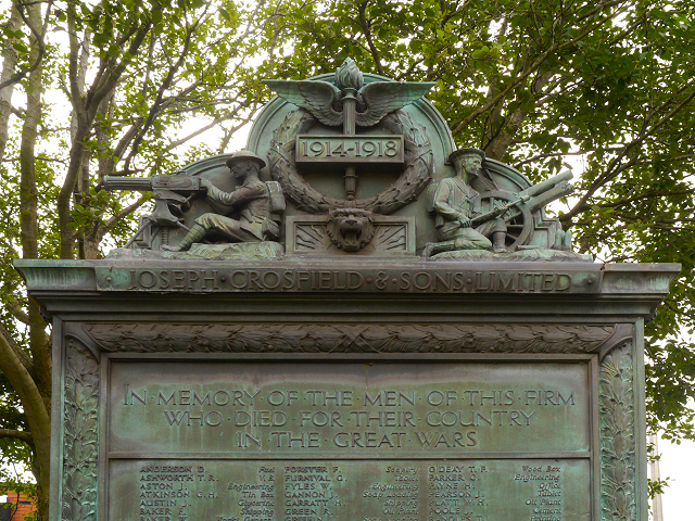 Joseph Crosfield & Sons War Memorial - inscription and detail