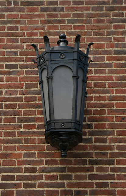 Exterior lamp, Dorking Post Office