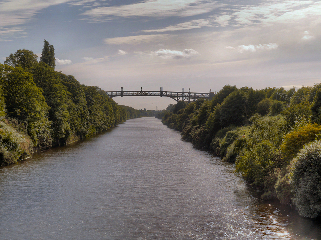 Manchester Ship Canal, Latchford High Level Bridge