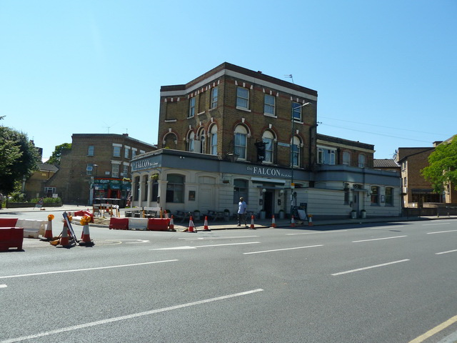 The Falcon, Kilburn Lane, W9