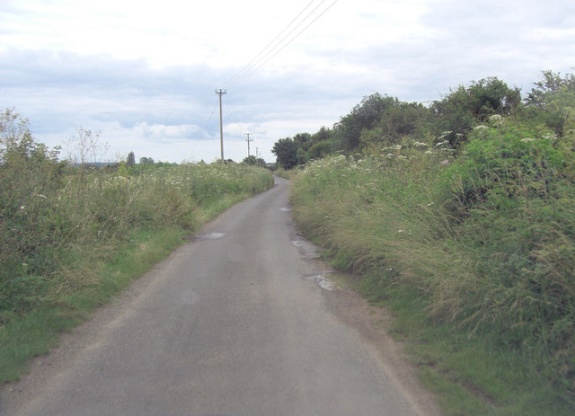 Cogges Lane north of Vicarage Pit