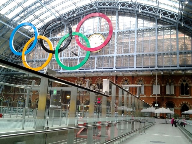 Olympic rings, St. Pancras Railway Station