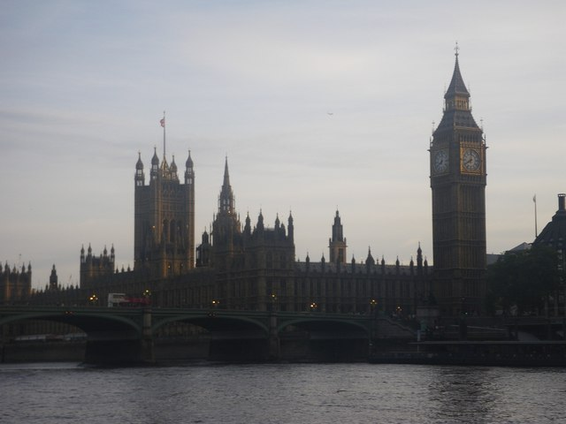 Big Ben and Parliament from water level