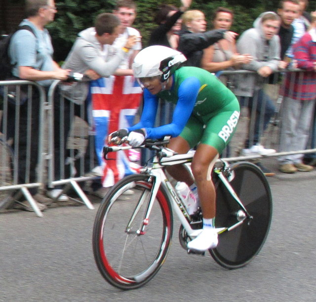 Brazilian woman in Olympic cycling time trial