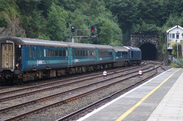 Class 67 leaving Bangor station