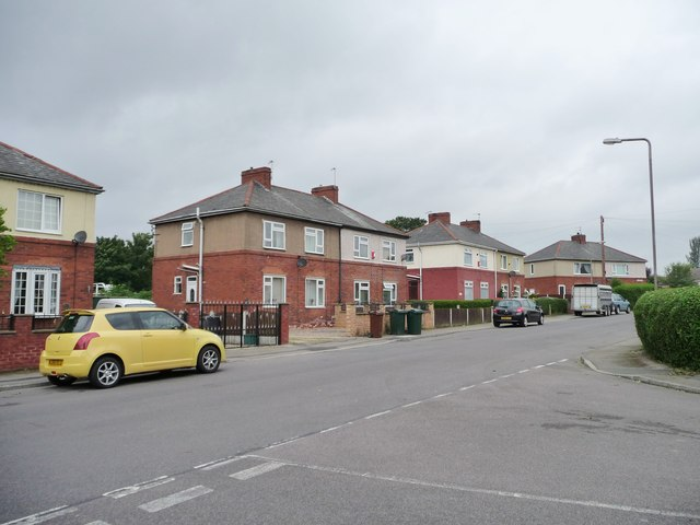Park Avenue, Brierley