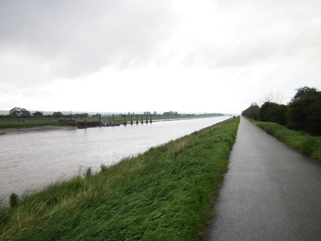 The Dee Coastal Path near British Aerospace