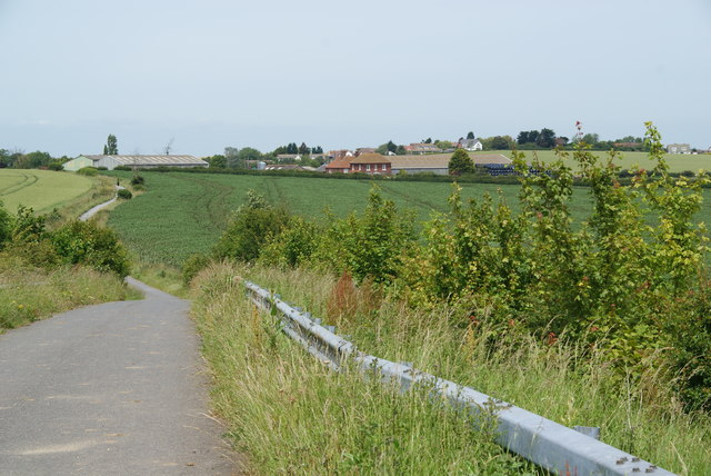 The Crab and Winkle Way heading towards Brooklands Farm